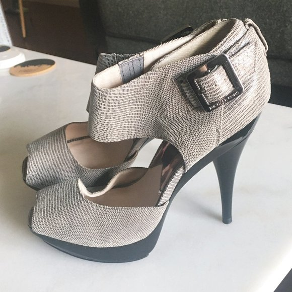 Worn 1x! Michael Kors stiletto heel peep toe shoes